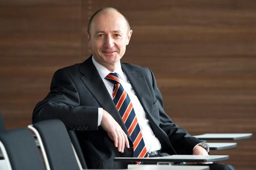FIS-ASP Robert Schuhmann